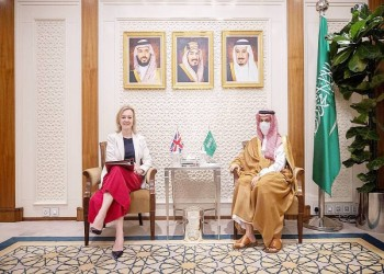 وزير خارجية السعودية يهاتف نظيرته البريطانية.. ماذا ناقشا؟